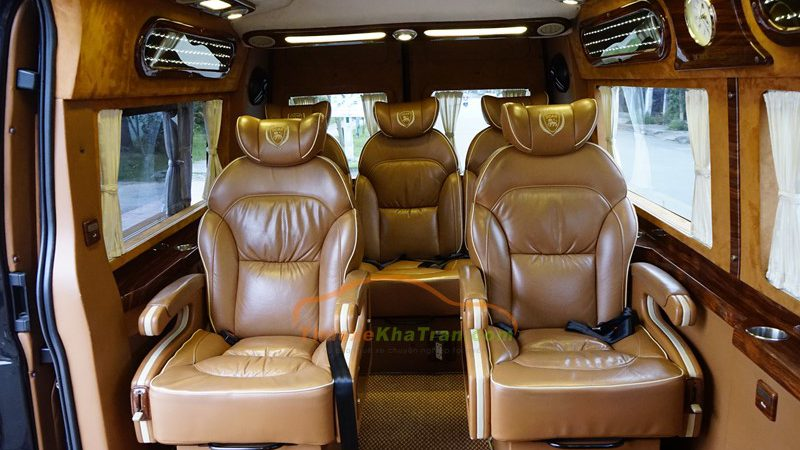 bên trong xe dcar limousine