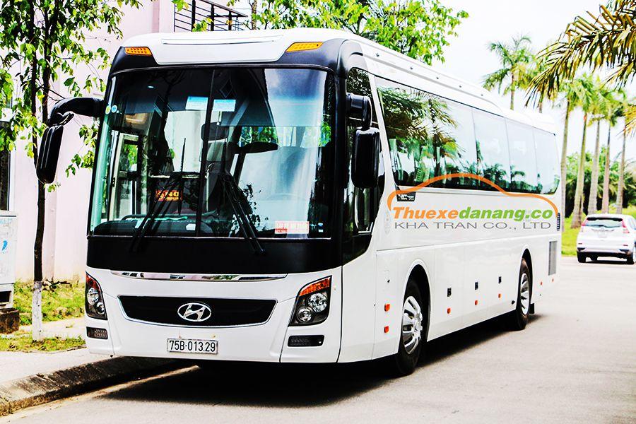 Dịch vụ thuê xe 45 chỗ Hyundai Universe tại Đà Nẵng